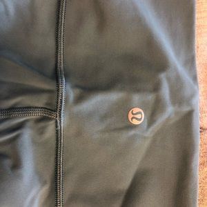 lululemon athletica Pants - Lululemon yoga pants never worn w.o tags